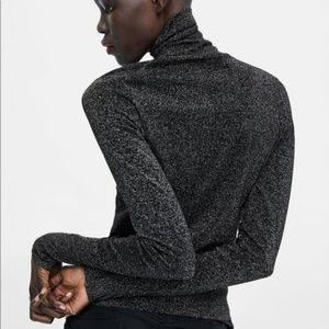 Zara Sweaters - Zara Size S Sweater with Metallic Thread